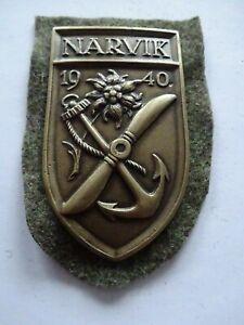A10-224-Narvik-Schild-original-57er-von-S-amp-L-mit-Filz-bronze