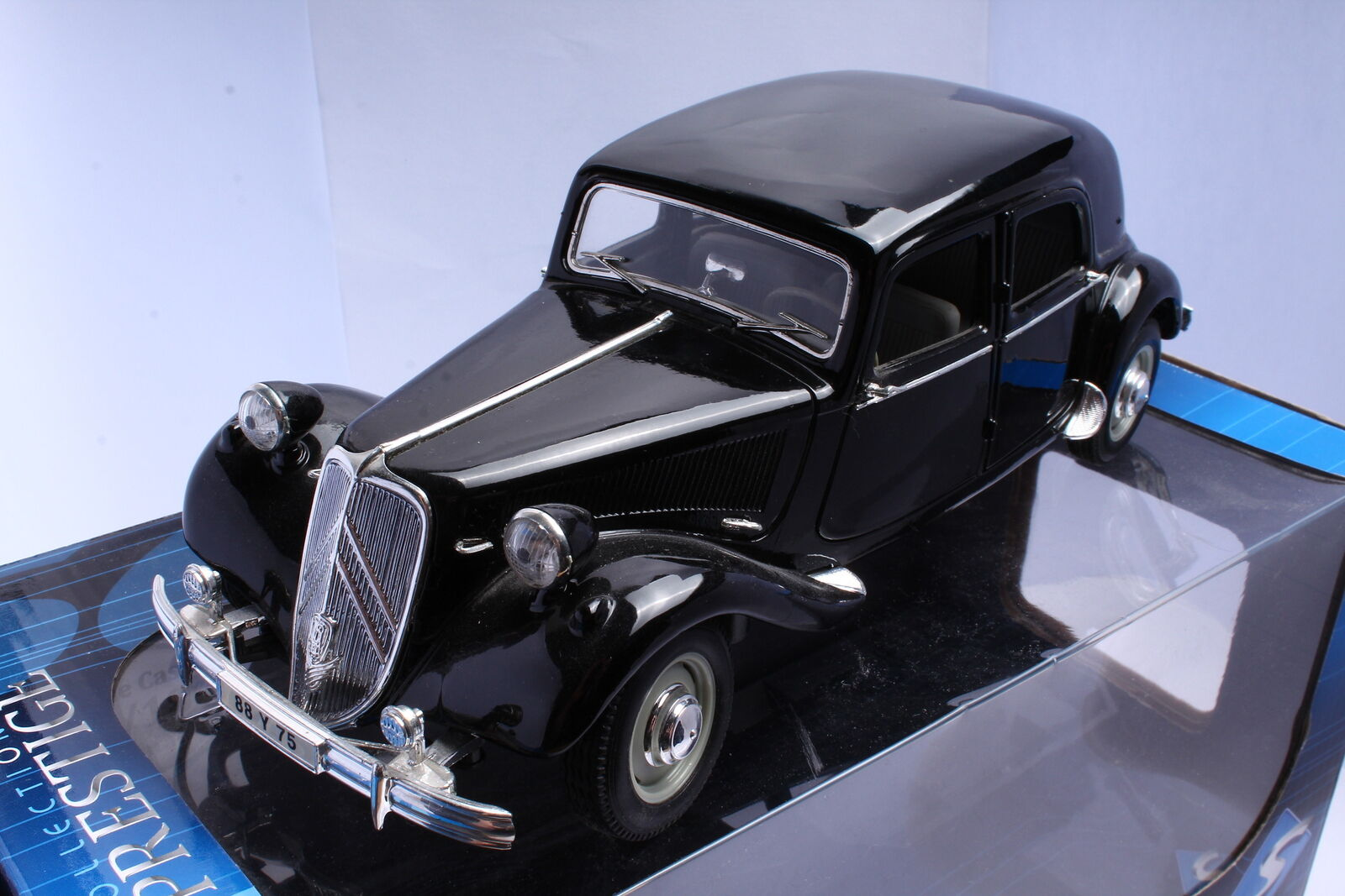 Solido 42 118 3570 Citroën Traction 11b 1938 black 1 18 OVP