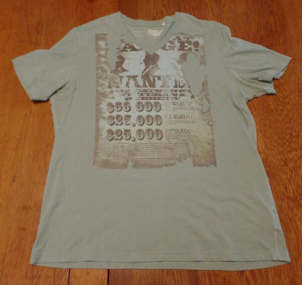 3ce55f0862  2478-8 Perry Ellis V-Neck WANTED POSTER Graphic T-Shirt L