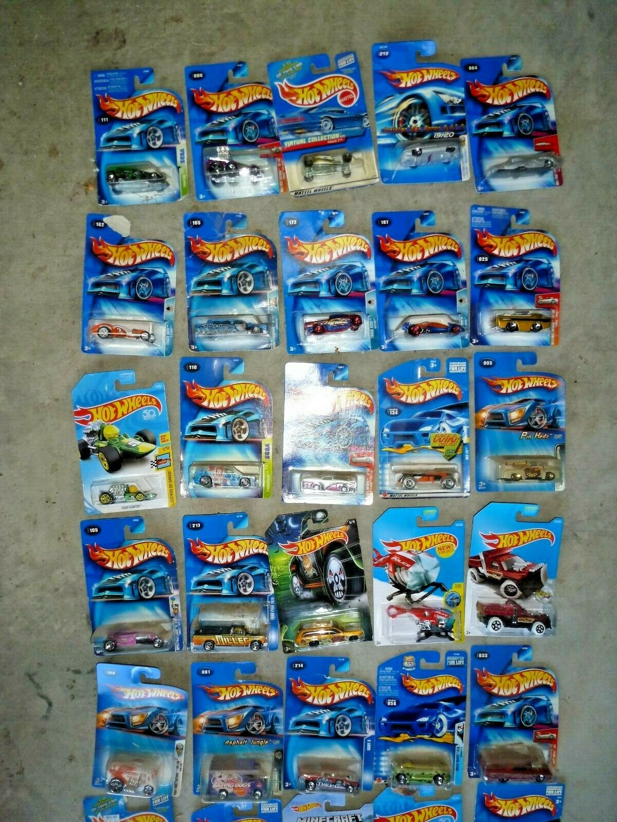 HOT WHEELS HUGE LOT OF 104 - New boxed Variety Multiple Years