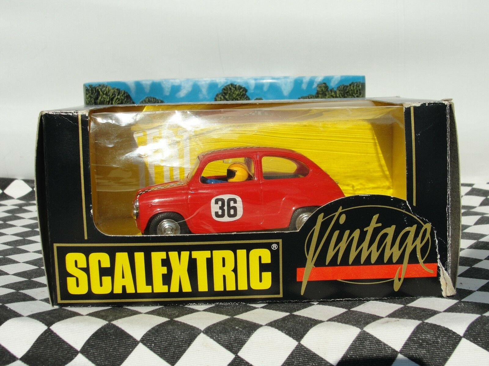 SCALEXTRIC VINTAGE SEAT 600 RED   32 SLOT NEAR MINT USED BOXED
