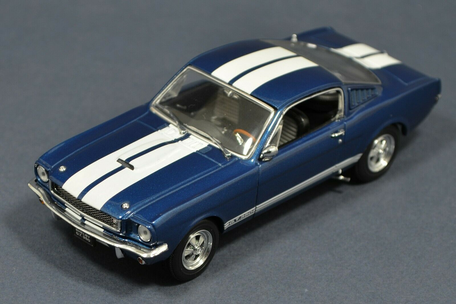 1 43 Shelby GT350 1965 Blau & Weiß stripes Kyosho 03121B IN BOX GT 350 Mustang