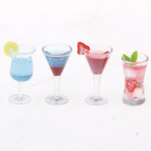2Pcs 1:12 Dollhouse miniature resin cocktail cup simulation wine glass model XB