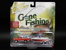 JOHNNY LIGHTNING GONE FISHING 2017 R2 A 1969 CHEVROLET BLAZER w/ BOAT & TRAILER