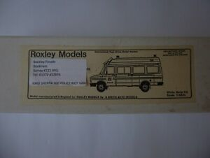Kit anti-émeute Rxk8 Sherpa 300 Police Roxley / a.smith 1/48 TVA comprise
