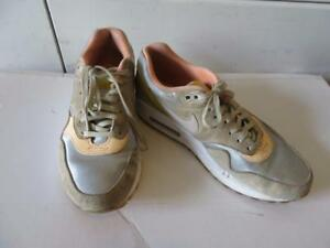 WOMENS NIKE AIR MAX APRICOTGRAY LEATHER & MATERIAL SNEAKERS SIZE 7.5