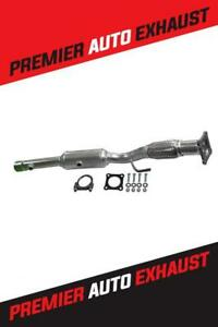 2006 - 2009 Volkswagen RABBIT 2005 - 2011 JETTA 2010 - 2011 GOLF 2.5L Catalytic Converter With Gaskets Canada Preview