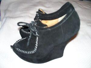 302597f72560 L.A.M.B. LAMB Black Wedge Heel Booties Leather Size 6.5 Gwen Stefani ...
