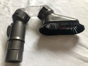 Brosse-DYSON-up-top-NEUF