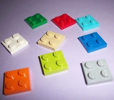 30x LEGO Part 3022 WHITE 2x2 Flat Square Tile with Four Studs Genuine Piece