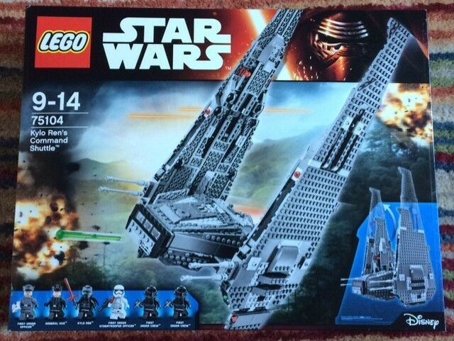 LEGO Star Wars Kylo Ren's Command Shuttle (75104) NEW IN SEALED BOX