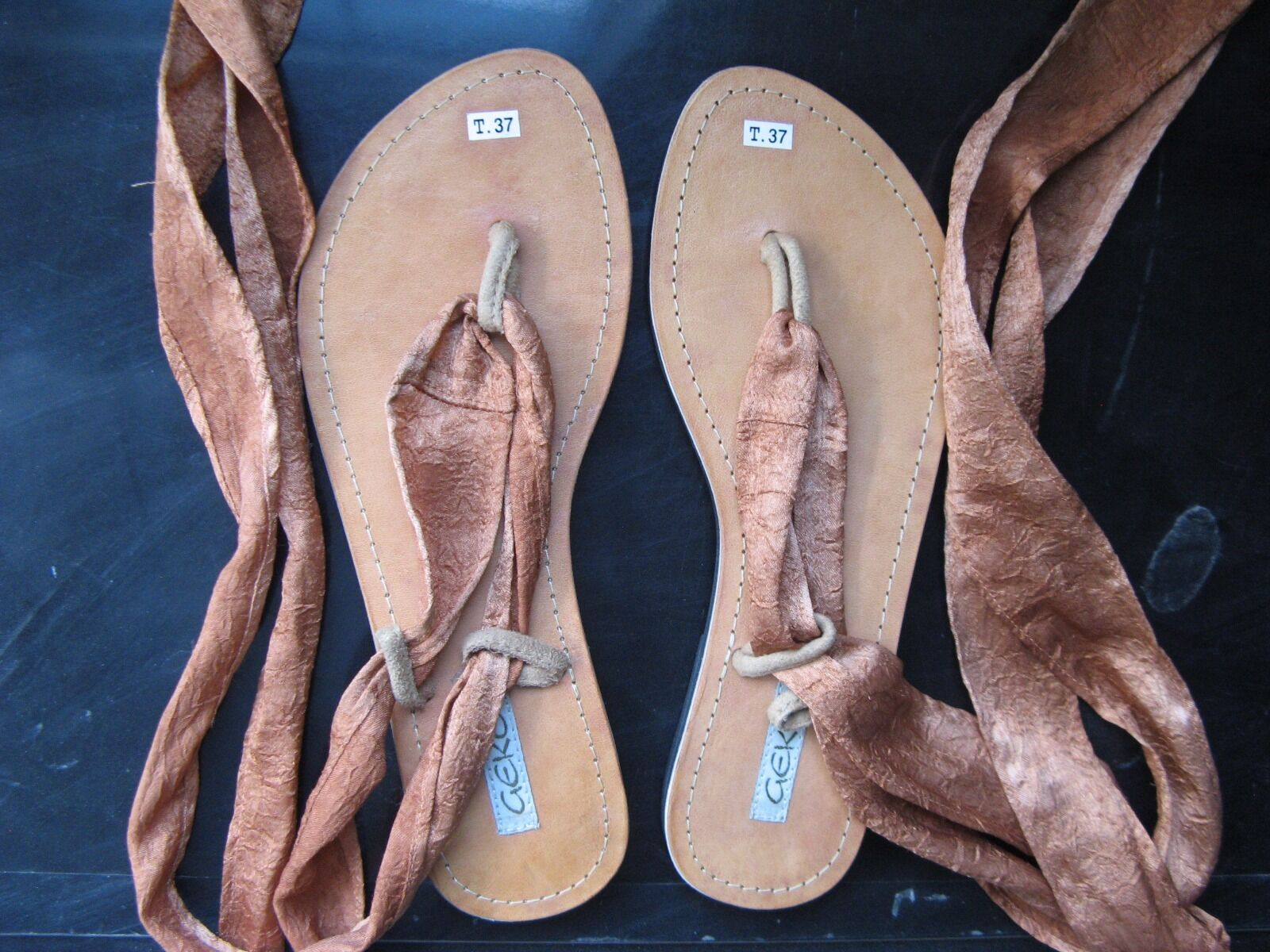 GECKO Bali US Size 7 EURO Size 37  Natural Tan Leather Collectible Women Sandals