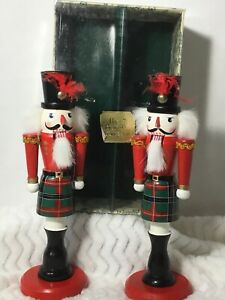 Christmas-Nutcrackers-Bombay-Company-Holiday-Candle-Holders-Scotland-Highlander