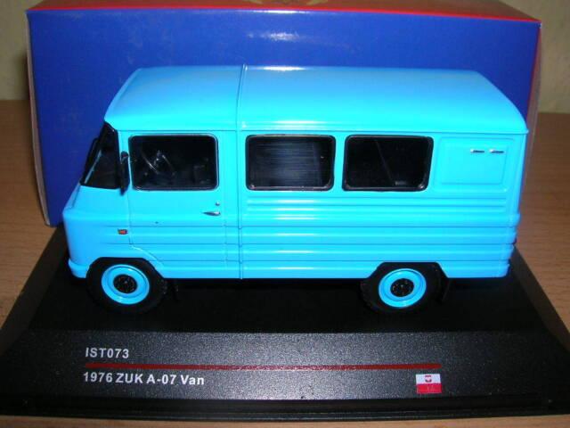 IXO IST ZUK a-07 A 07 Van Año fabricación 1967 azul azul, 1:43 ist073