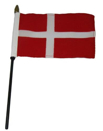 """Wholesale 12 Denmark  Country 4/""""x6/"""" Flag Desk Set Table Wooden Stick Staff"""