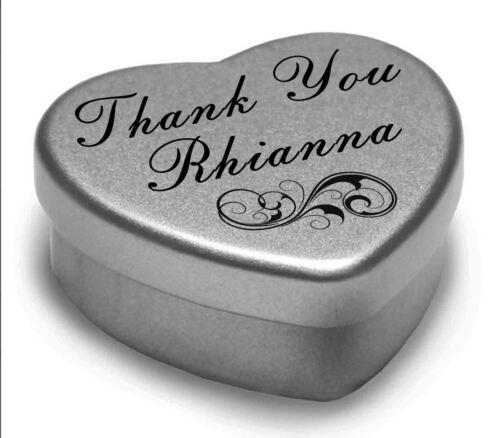 Vous dire merci Rhianna avec un coeur mini tin cadeau présent avec chocolats