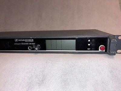 299cc Sennheiser Em 3031-u1-e-uk Receiver 32-chn. Rx - 846-870 Mhz