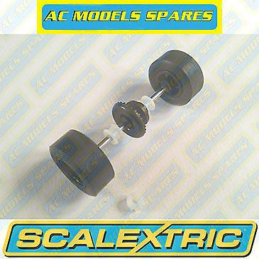 W8927 Scalextric Spare Rear Wheels//Axle /& Pinion for Ford Taurus NASCAR