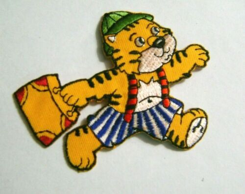 ANIMAL PATCH TIGER  TEDDY BEAR  DOG CAT HORSE EMBROIDERED IRON ON APPLIQUE