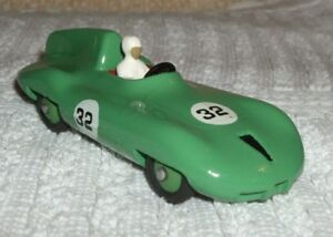 DINKY-DIECAST-MODEL-CONNAUGHT-RACING-CAR-CAT-No-236-UN-BOXED-VGC