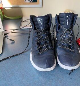 Blue-Mens-Nike-Basketball-Shoes-9-5