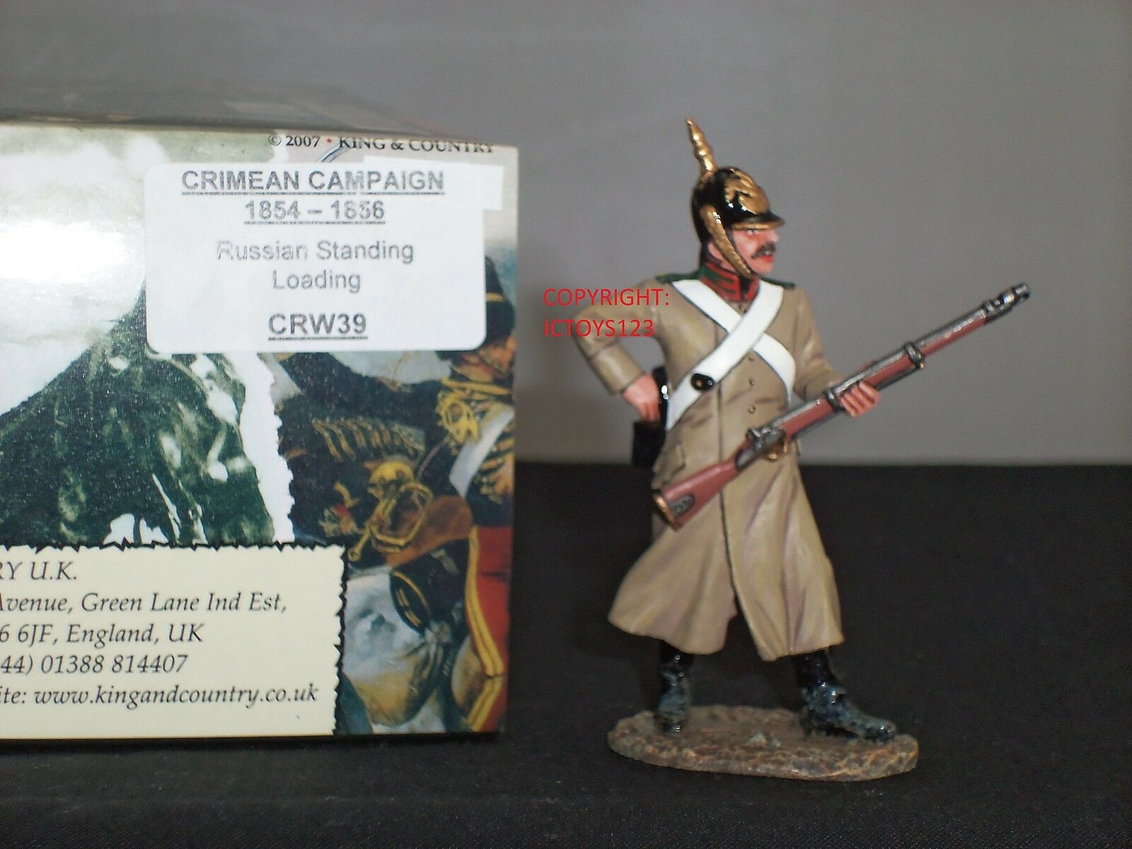 KING AND COUNTRY CRW39 RUSSIAN STANDING LOADING CRIMEAN WAR TOY SOLDIER FIGURE