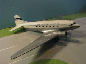 ERTL-CONTINENTAL-DC-3-WITH-RETRACTABLE-GEAR-1-72ND-SCALE-DIECAST-METAL-MODEL