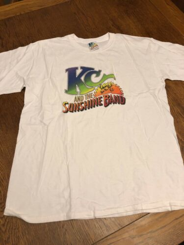 KC And The Sunshine Band Graphic T-shirt KC AUTOGR