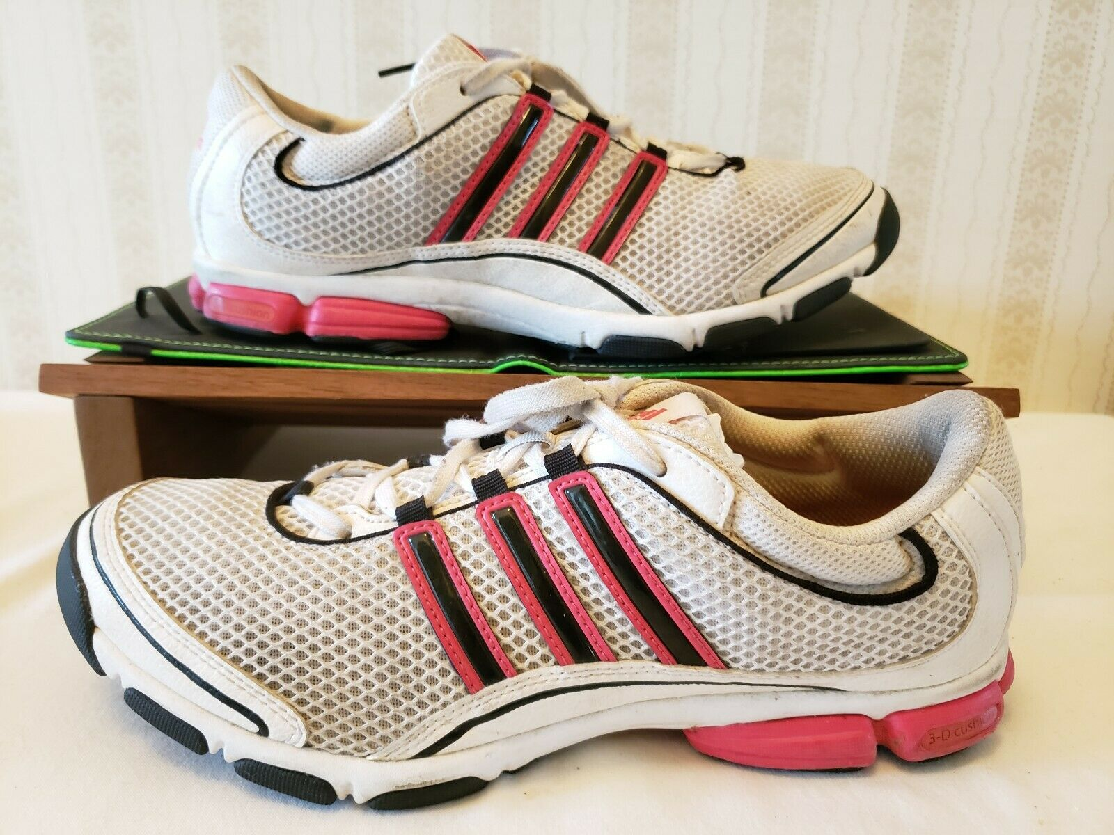 Adidas Torsion System Running Sneakers White  Pink G40087 Women Sz 8.5 M