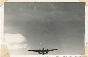 1944-USAAF-47th-BG-97th-BS-Italy-airplane-Photo-19-aircraft-in-flight