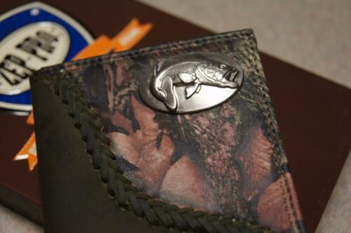 ZEP-PRO Bass fish Mens Roper Fence Row Camo  Leather Wallet TIN GIFT BOX