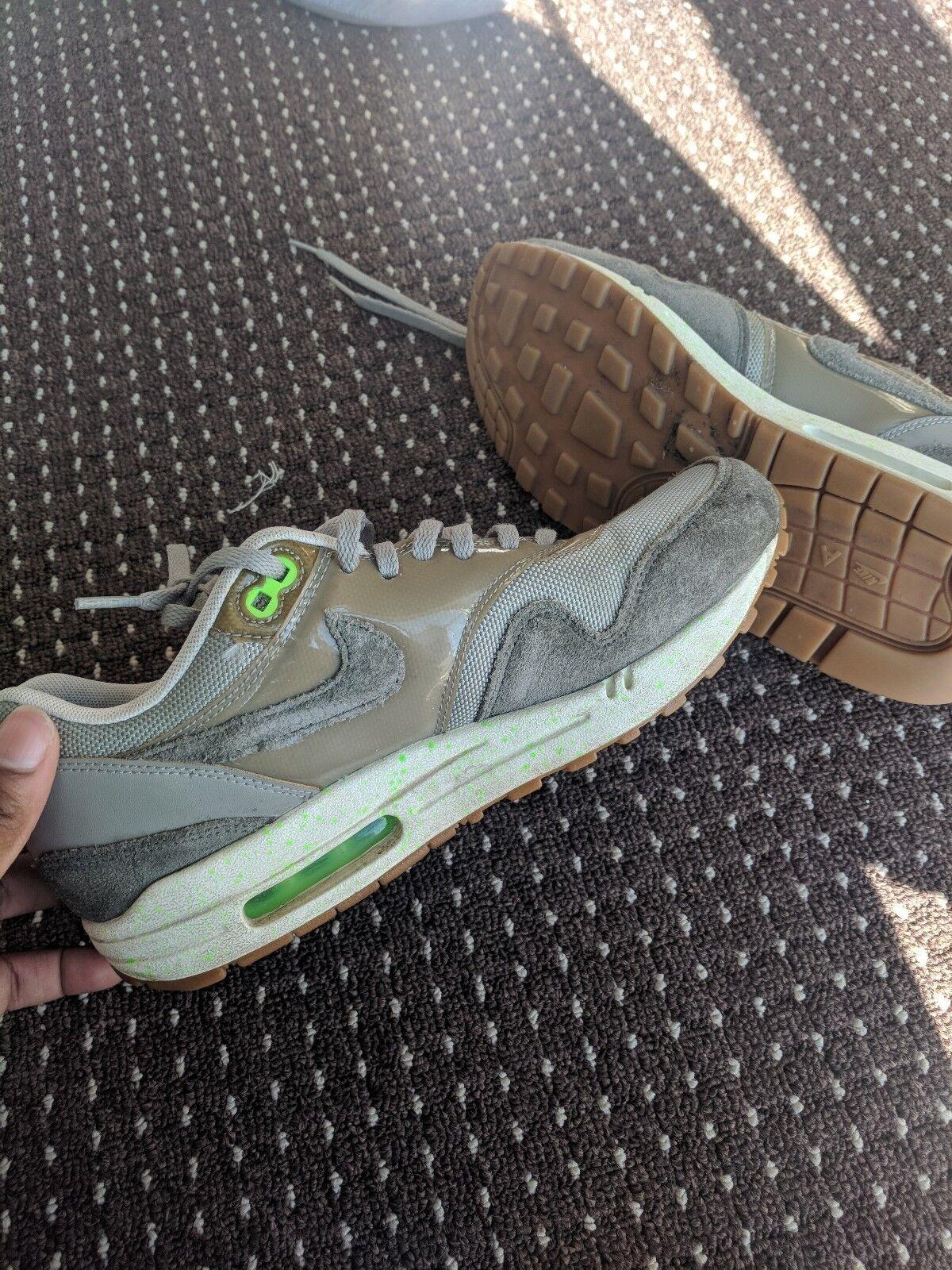 Unisexe Nike Air Max 1 S, en daim gris/vert citron Grest état, taille 6