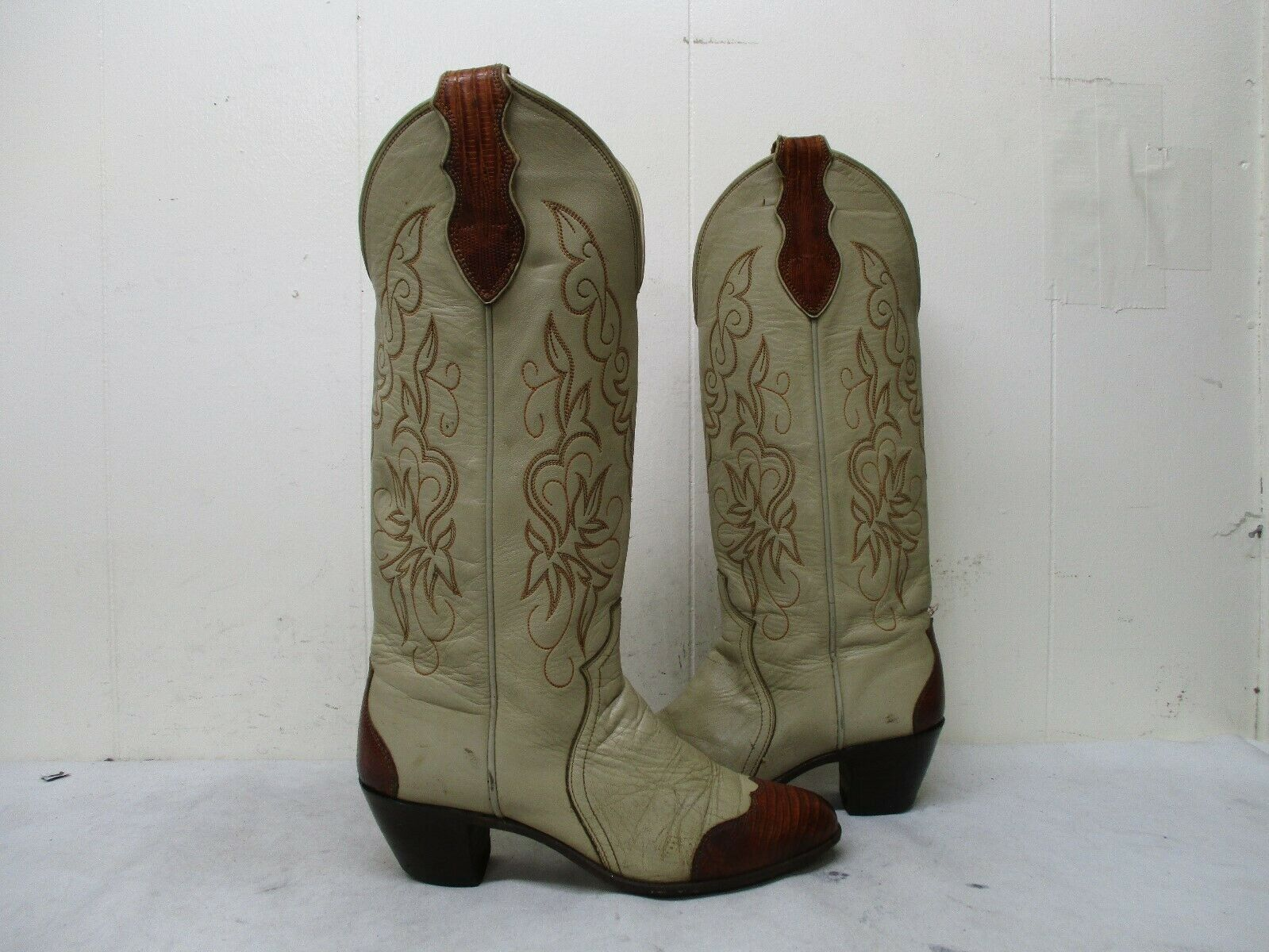Justin Tan Leather Cap Toe Cowboy Boots Womens Size 6.5 B Style L4430 USA