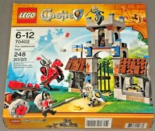 New in Box Lego Castle Set 70402 The Gatehouse Raid Knights Horse Minifigure