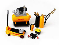 Mechanic-2 Model Display Accessories 16059 Hobby Gear 1:24 For Diecast Cars