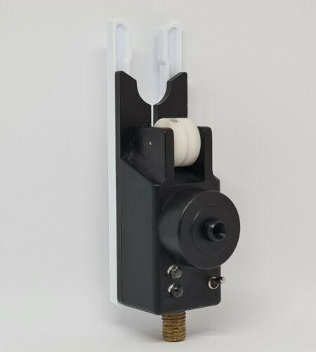 Steve Neville Snag Ear Singles White 6 Pack