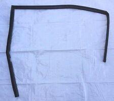 92-95 CiViC OEM RH Rear DOOR SEAL WINDOW CHANNEL WEATHER-STRIPING RUBBER track