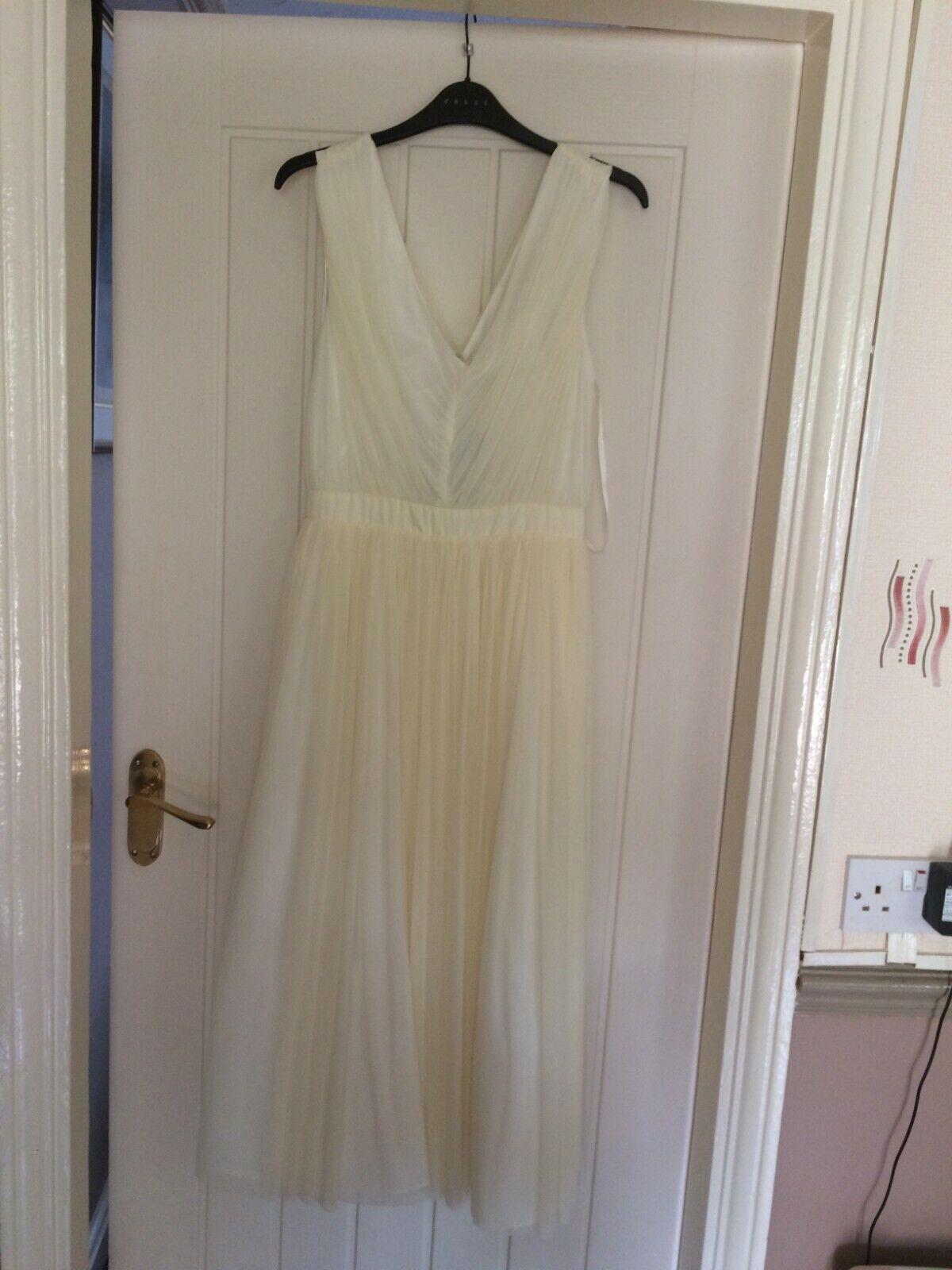 BRAND NEW from Debenhams Bridesmaid Dress, Size 12, Lemon colour (2)