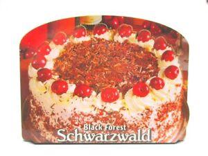 Schwarzwald-Holz-2D-Magnet-Schwarzwaelder-Kirschtorte-Souvenir-Germany