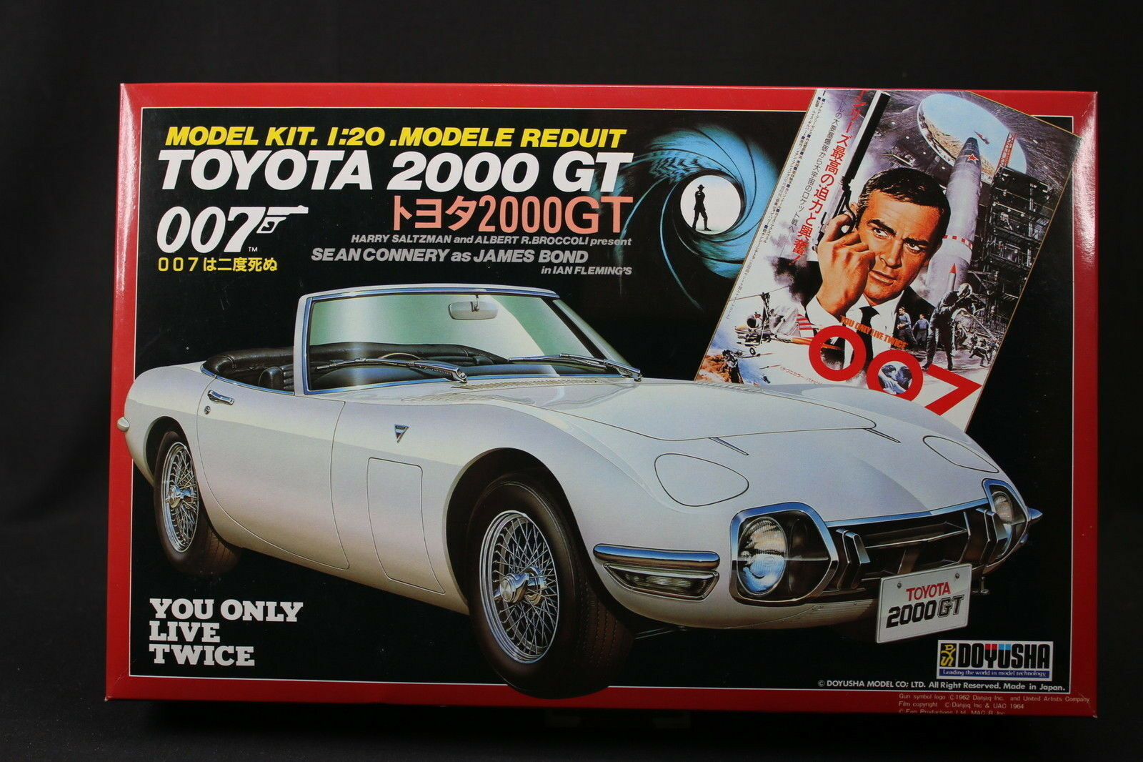 YW021 DOYUSHA 1 20 maquette voiture Toyota 2000 GT 007 You Only Live Twice Bond