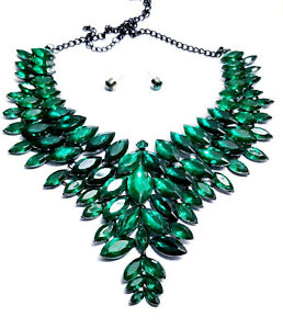 Pageant-Statement-Choker-Necklace-Earring-Set-Green