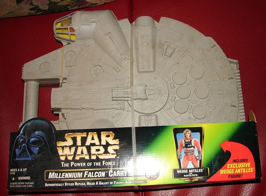 Star Wars POTF  Kenner Millennium Falcon Carry Case w/ Wedge figure Sealed 1012