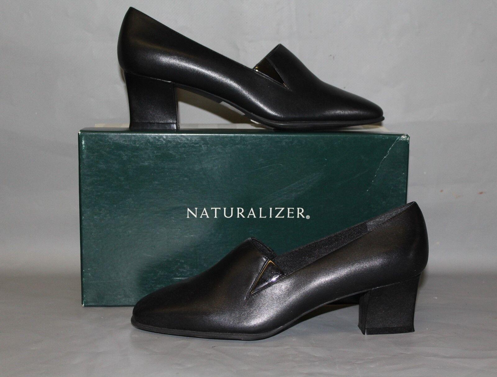 NEW Naturalizer Jodi, US Size 7.5 Medium Black Leather Dress Shoe / Pump