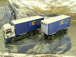 Herpa-278621-MAN-TGA-XXL-Interchangeable-Curtain-Canvas-Trailer-BKV-1-87