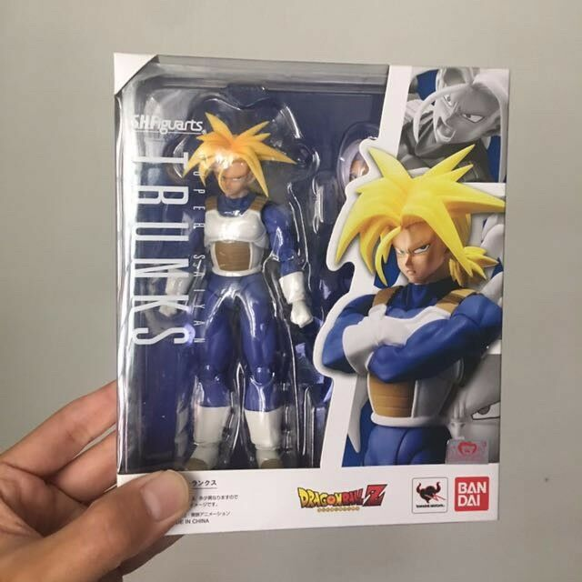 Dragon Ball Z Trunks Super Saiyan SS Futuro Bandai SH Figuarts