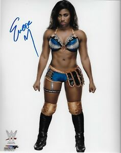 EMBER-MOON-WWE-DIVA-SIGNED-AUTOGRAPH-8X10-PHOTO-W-PROOF-WRESTLING-INK