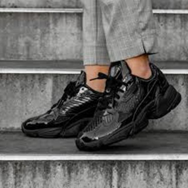 adidas Falcon W Core Black Patent Women's Size 10 Leather Shoes CG6248