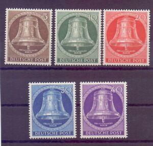 Berlin-1953-Glocke-Mitte-MiNr-101-105-postfrisch-Michel-90-00-777
