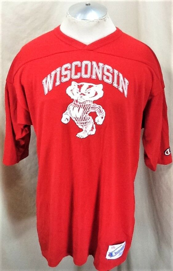 Vintage 90's Champion Wisconsin Badgers (2XL) Knit Graphic NCAA Shirt Red