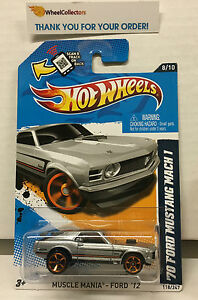 039-70-Ford-Mustang-Mach-1-118-Silver-Toys-R-Us-solo-2012-Hot-Wheels-G4
